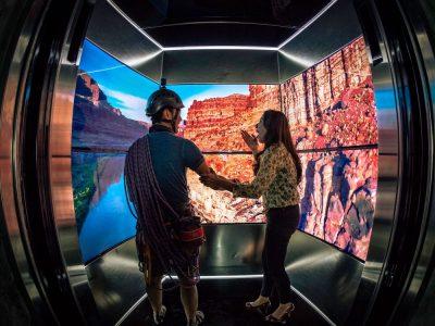 Ungewöhnliche Orte geplant, auch in Berlin - Samsung Kampagne This is TV (Foto: Samsung)