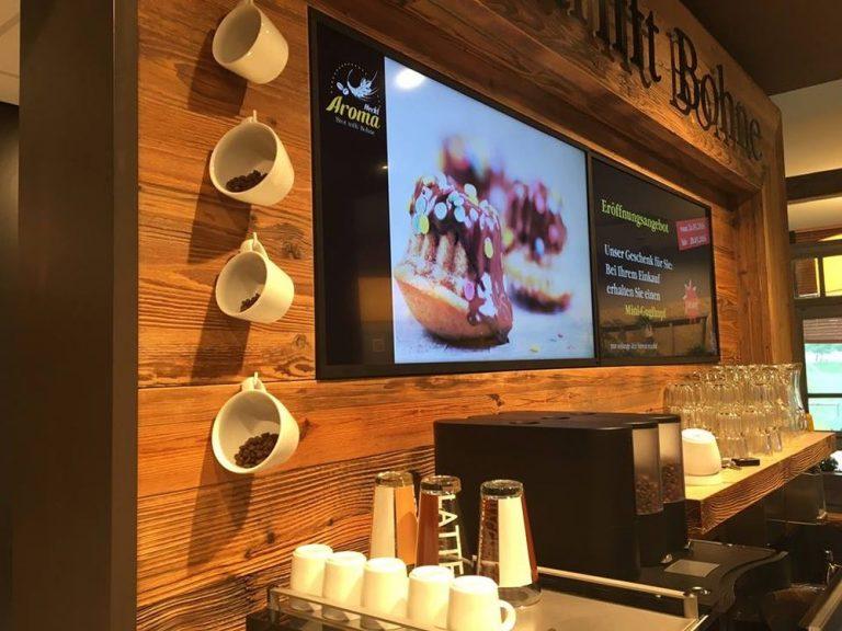 Visuscreen Cloud läuft in Retail und Gastronomie auf Screens - sowie in Social Media und Web (Foto: Wedeko)