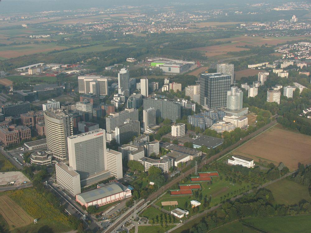 Blick auf Eschborn - LG verlegt neues Headquarter hierher (Foto: Stadt Eschborn)
