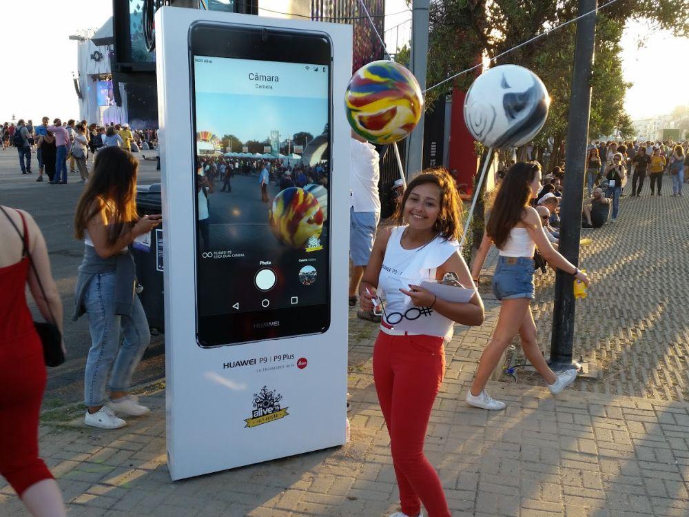 Huawei setzte Outdoor Kioske beim NOS Alive Festival ein (Foto: Partteam)