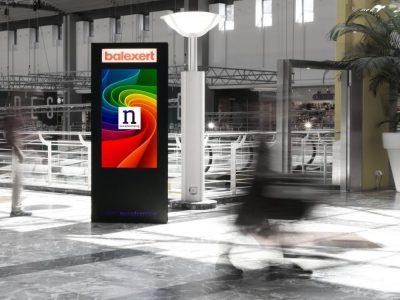 Im Shopping Center wurden neue DooH Screens mit Beacons installiert (Foto: Neo Advertising SA)