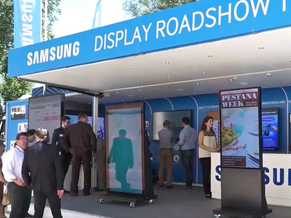 Beim Samsung Display Truck Day werden Outdoor Screens und LED Lösungen vorgestellt (Foto: Samsung)