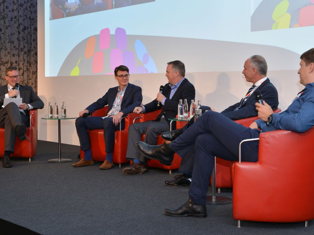 DSS-2016-DSS-Europe-2016-panel-Turning-Stores-into-Stories-invidis