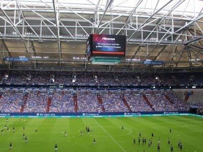 Europas größter Videowürfel bei seinem ersten Einsatz (Foto: Hisense)