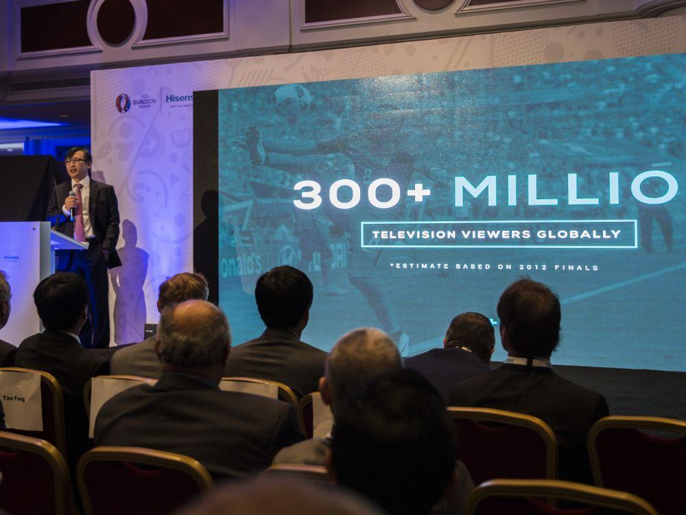Executive Vice President Lan Lin berichtete über den Erfolg des Sponsorings (Foto: Hisense)