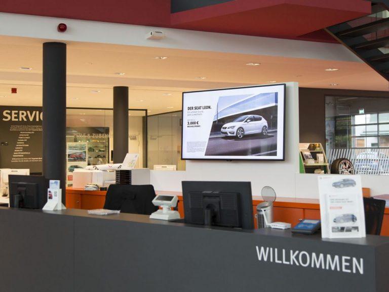 Infotheke im Berliner Seat Flagship Store (Foto: LG / Schumann)