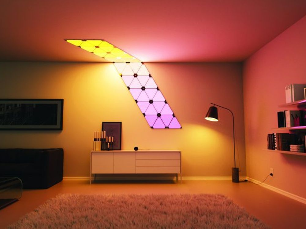 Installierte LED Aurora Panel (Foto: Nanoleaf)