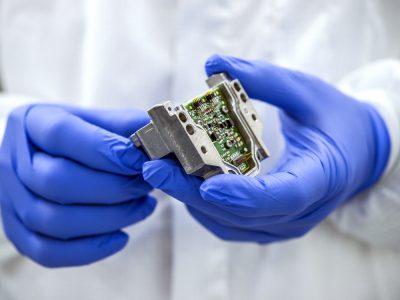 Lasermodul nach Elektronikmontage (Foto: Deutscher Zukunftspreis / Ansgar Pudenz)