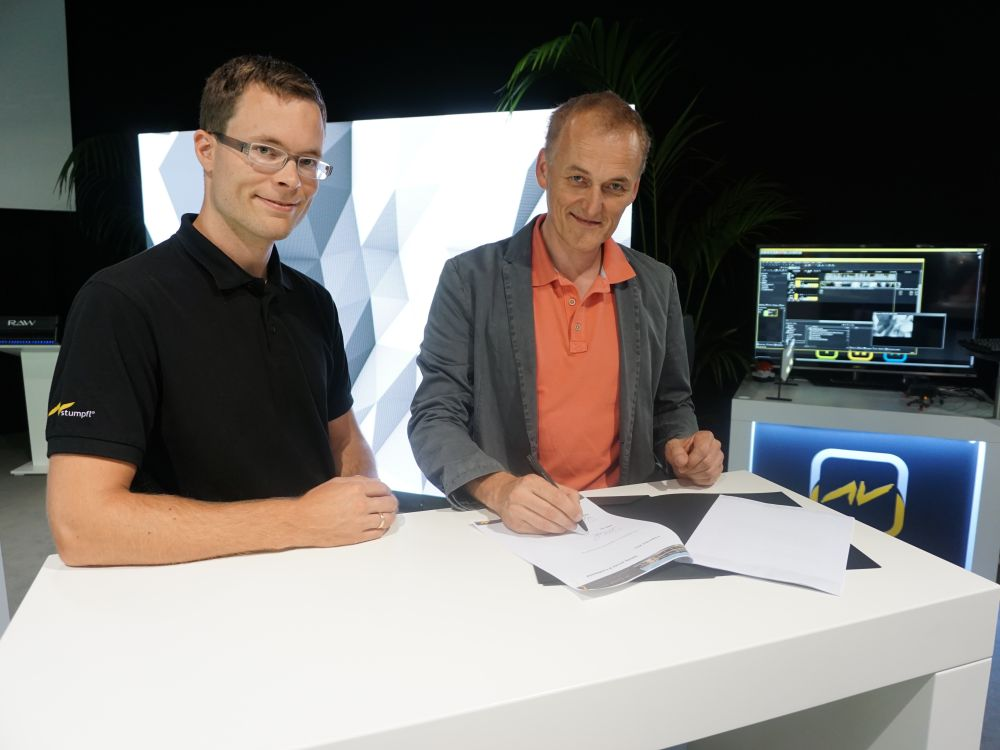 Tobias Stumpfl CEO AV Stumpfl & Hubertus Beckmann Technical Director Lang AG auf der IBC 2016 (Foto: Lang AG)