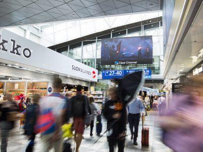 Kampagne für Volvo am Airport Helsinki (Foto: Absen)