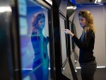 Multitouch Screens im Experience Center (Foto: Barco)