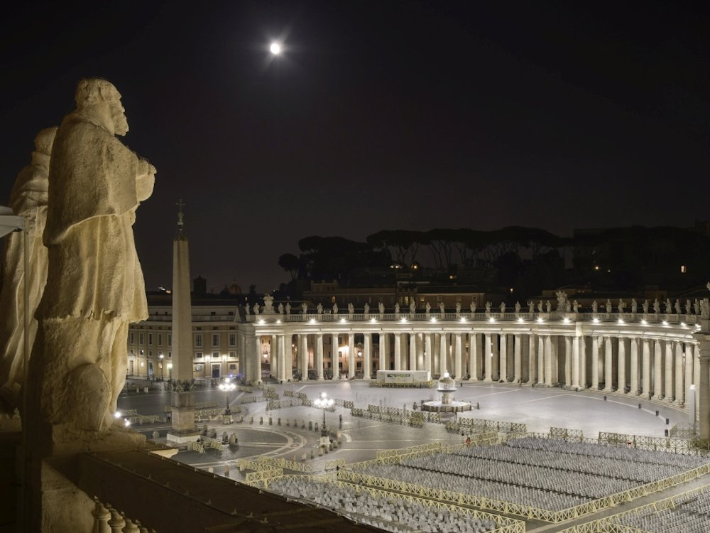 Neues LED Lighting am Petersplatz in Rom (Foto: Governatorato S.C.V. - Direzione dei Musei)