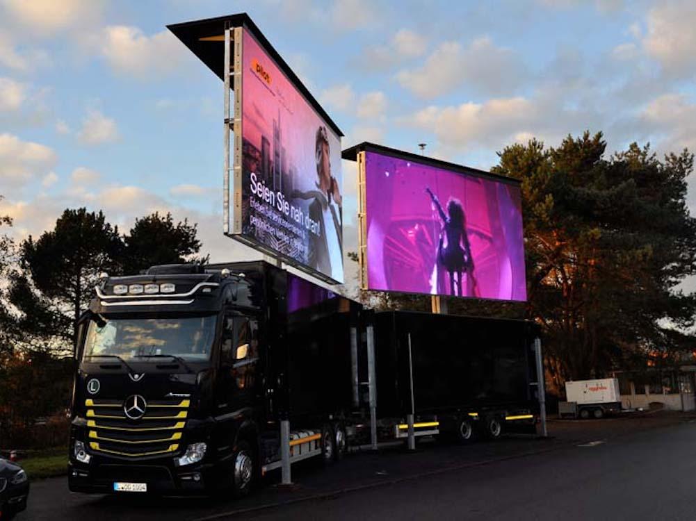 Besonders lichtstark und regelbar - LED Screens mit 10.000 lm (Foto: Pilot Computerhandels GmbH)