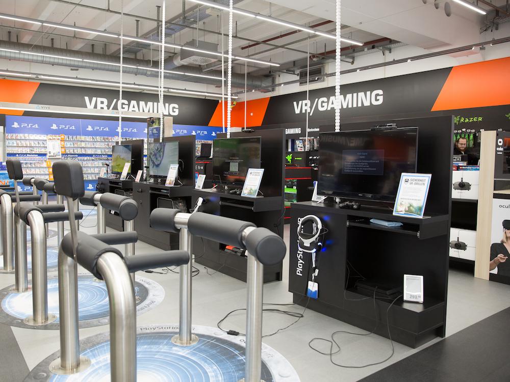Virtual Reality spielt im Saturn Ingolstadt jetzt eine große Rolle (Foto: Saturn)