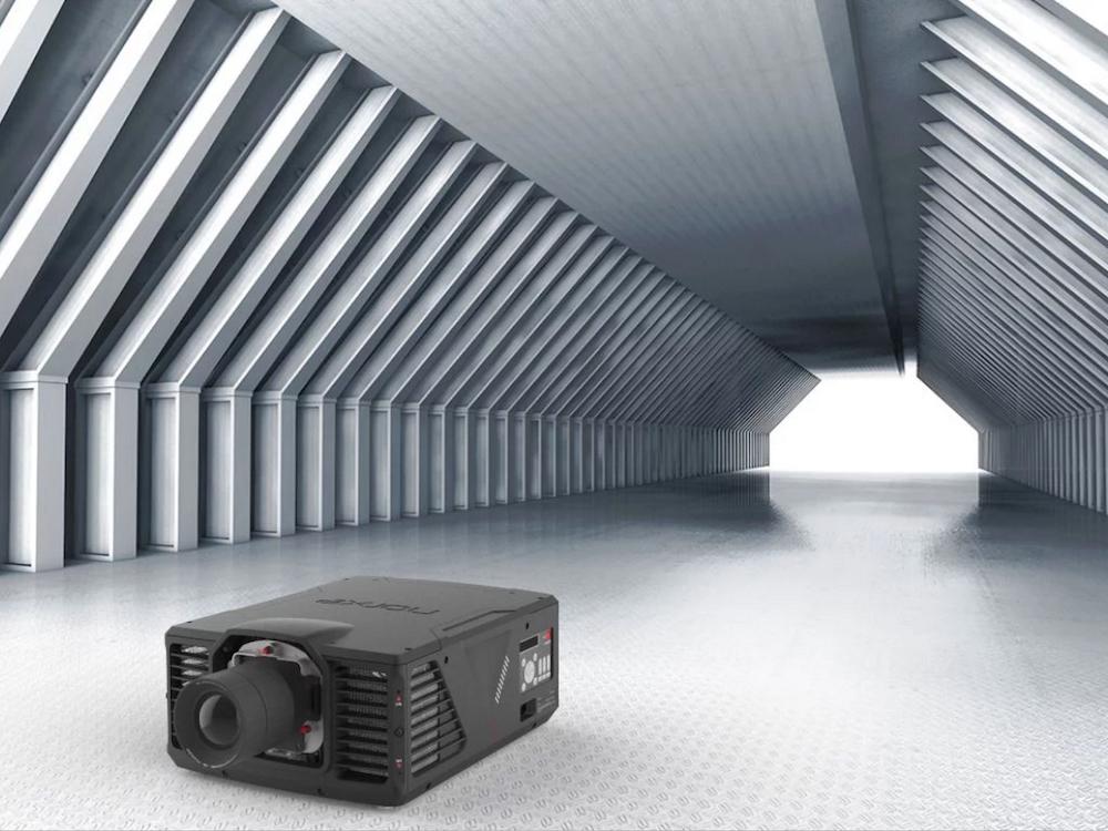 Marktstart mit dem Projektor der P1 Serie (Foto: Norxe)
