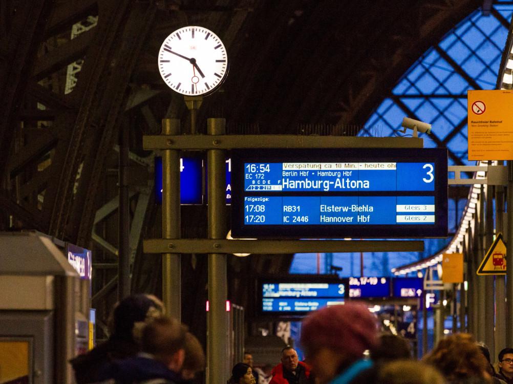 Fernüberwachung bei der DB (Foto: Deutsche Bahn AG / Kai Michael Neuhold)