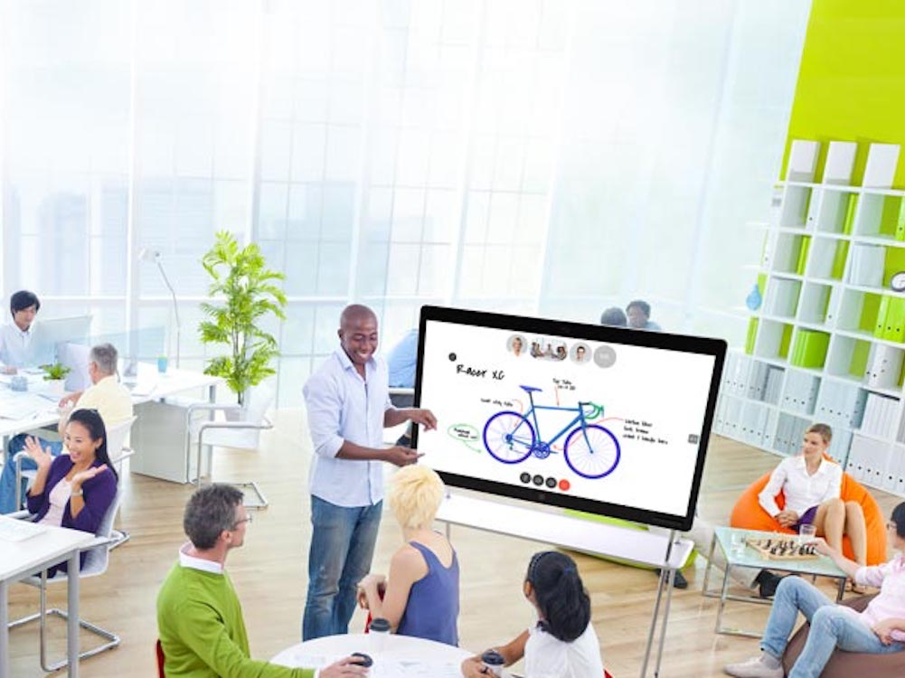 Collaboration mit dem Spark Board (Foto: Cisco)