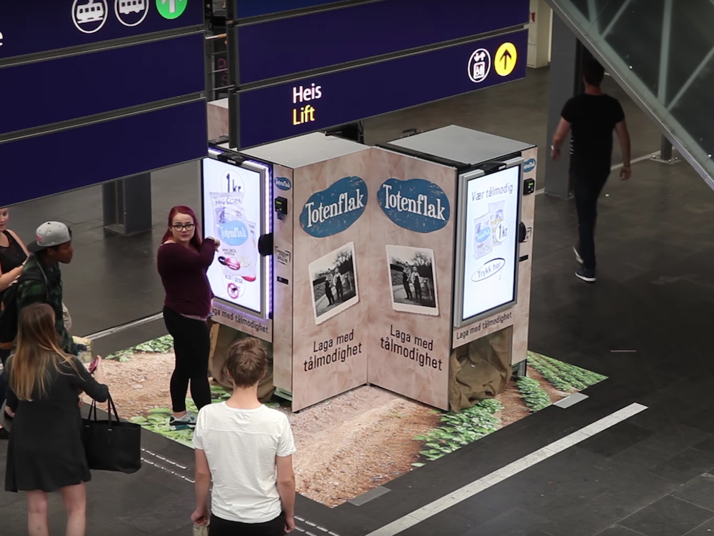Totenflak Vending Machine am Bahnhof in Oslo (Screenshot: invidis)