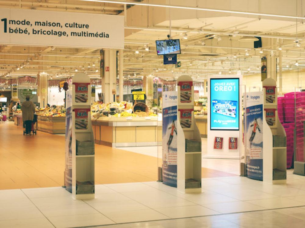 Unter dem Namen ShopperCast wird das Retail DooH Netz bei Carrefour in Frankreich vermarktet (Foto: Broadsign)