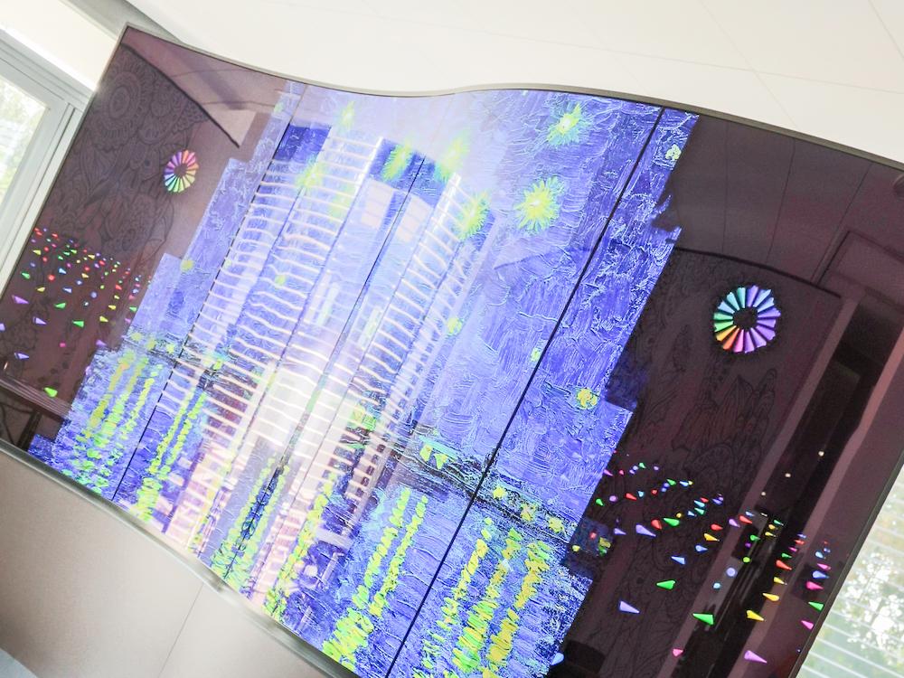 """Von LG stammendes-1x4 Wave Display mit 65"""" OLED Screens (Foto: LG)"""