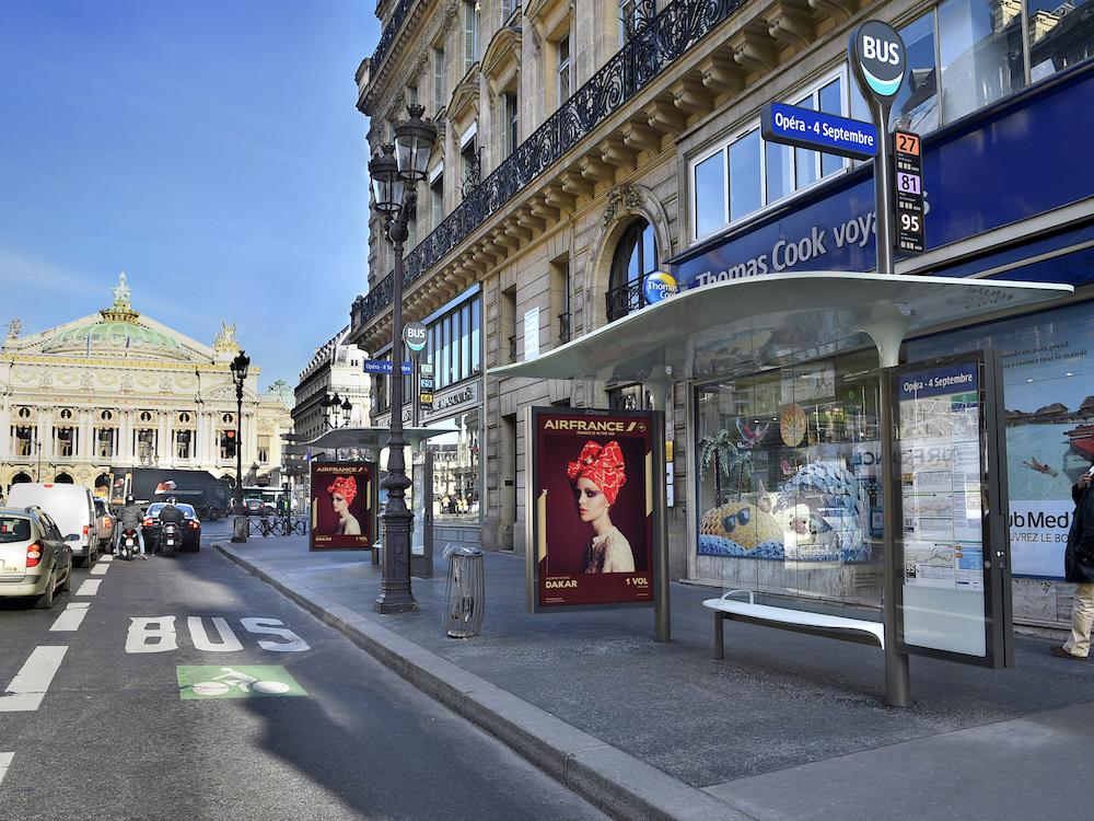Wartehäuschen in Paris – hier ein 2015 gelaunchtes Modell von Designer Marc Aurel (Foto: JCDecaux)