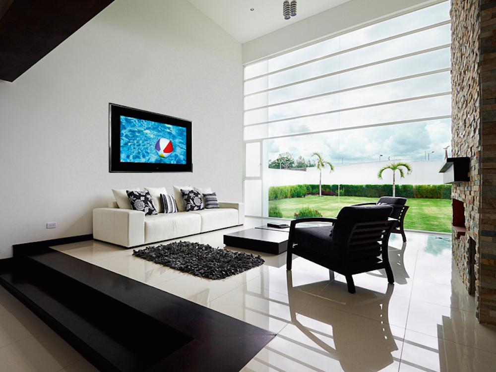 Aquavision TV in einem Wohnzimmer (Foto: Aquavision)