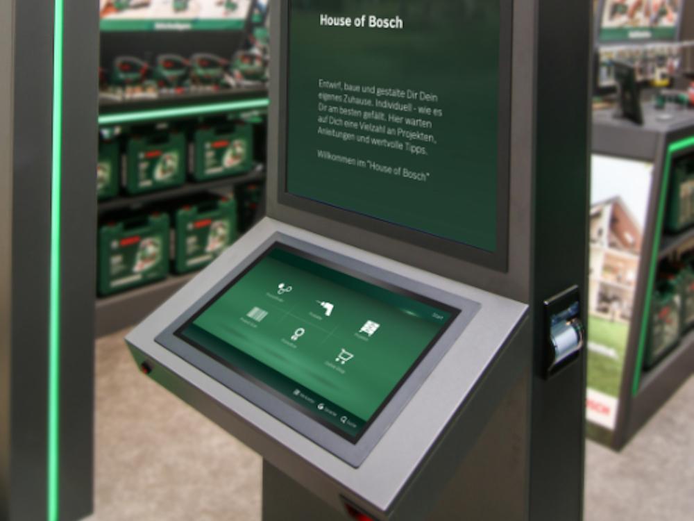 Interaktive Stele der Bosch Experience Zone (Foto: dimedis)