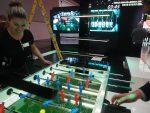 Bei satis& fy setzt man auf digitalisierten Tisch-Fussball (Foto: invidis)