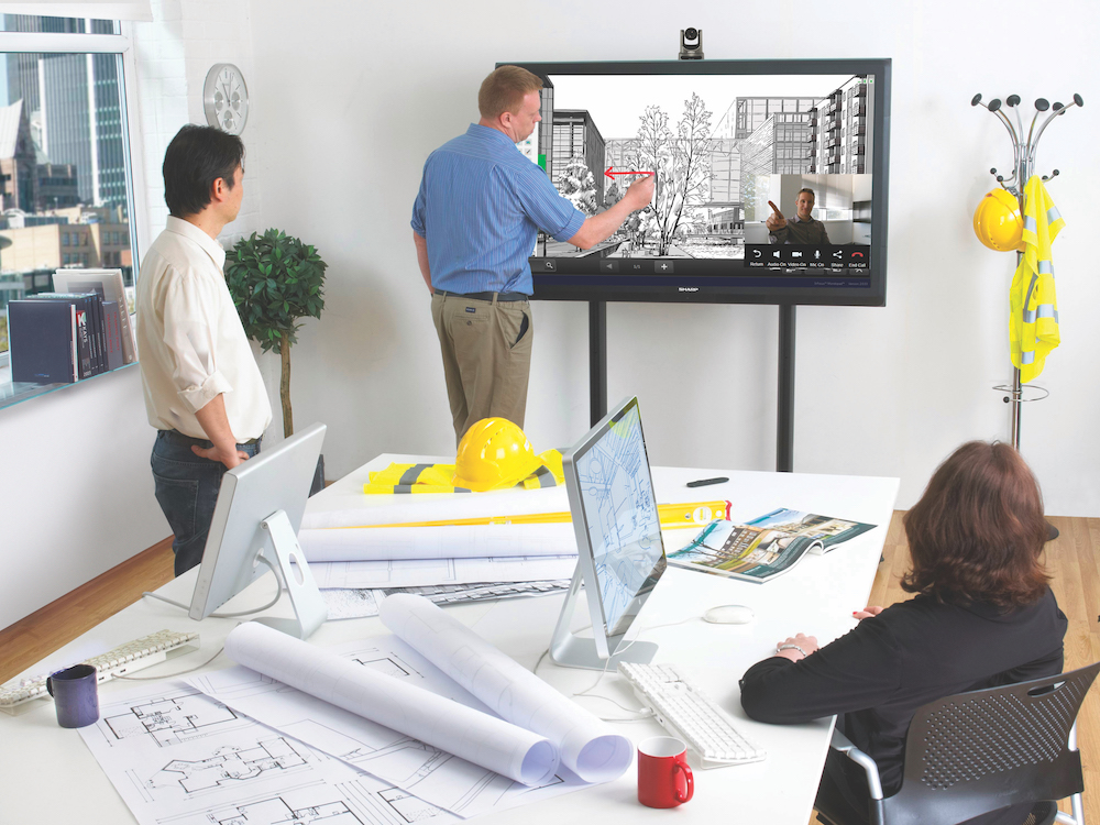 Einsatz von Sharp Video Collaboration mit einem Big Pad (Foto: Sharp Visual Solutions)