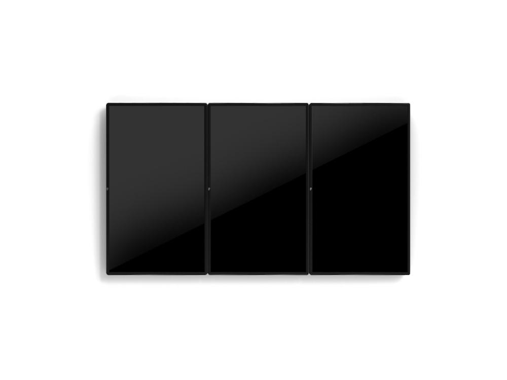 Touchscreens von Elo in vertikaler Hängung (Foto: Elo Touch Solutions)