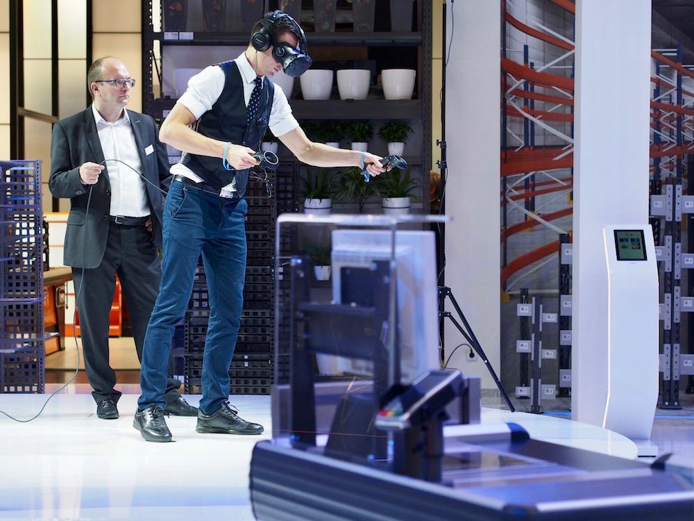 Virtual Reality auf der EuroShop 2017 (Foto: invidis)