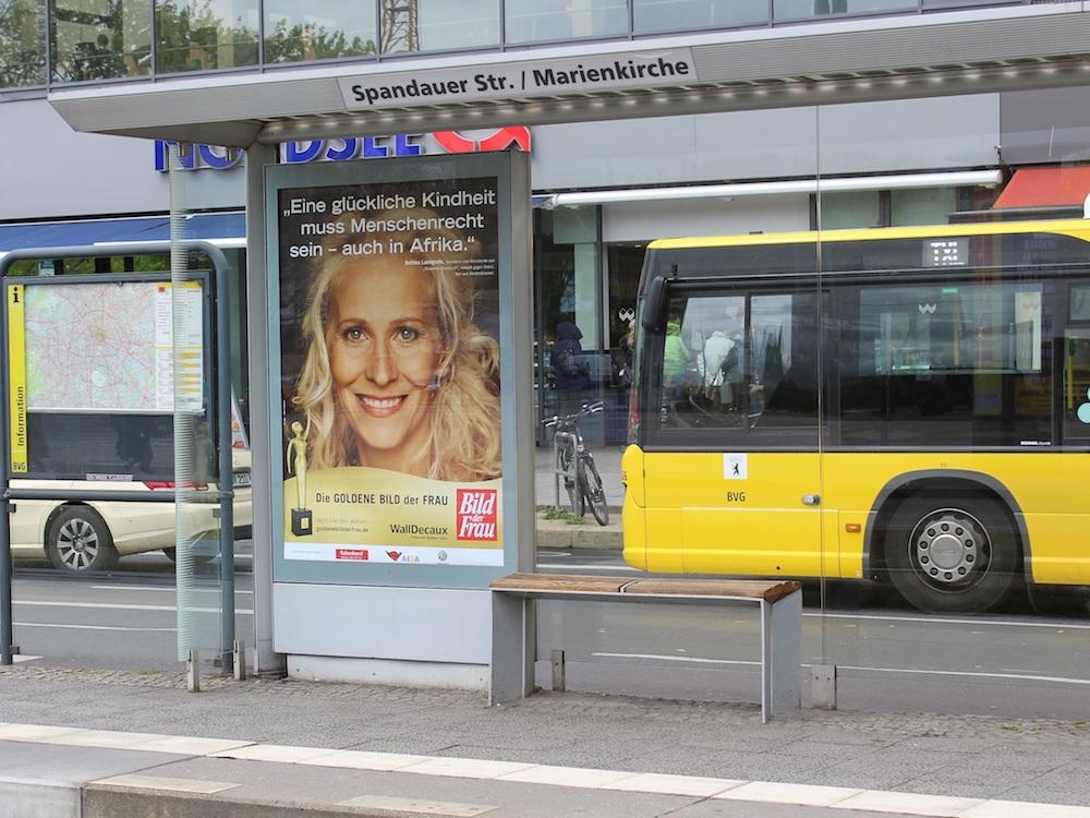 An bundesweit 5.000 Plakatstellen ist die Kampagne nun angelaufen (Foto: WallDecaux)