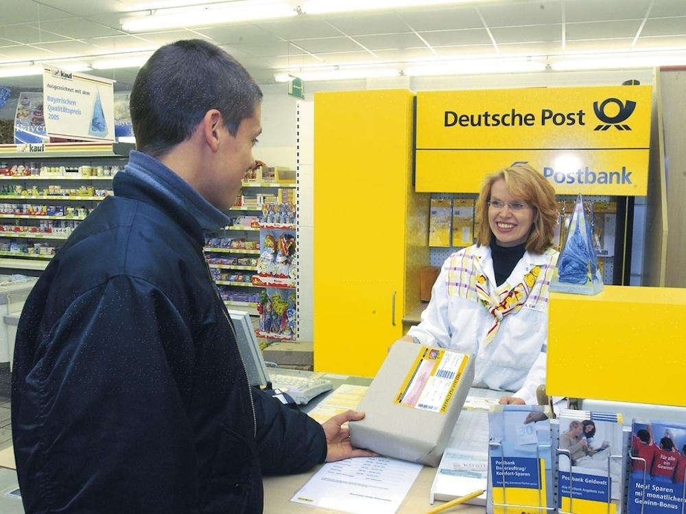 Im Inneren einer Partnerfiliale der Deutschen Post (Foto: Deutsche Post)