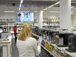 Produkte oder Sonderangebote lassen sich mit der Lösung leichter finden (Foto: Philips)
