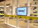 Sneaker Store in der Damenabteilung (Foto: Online Software AG)