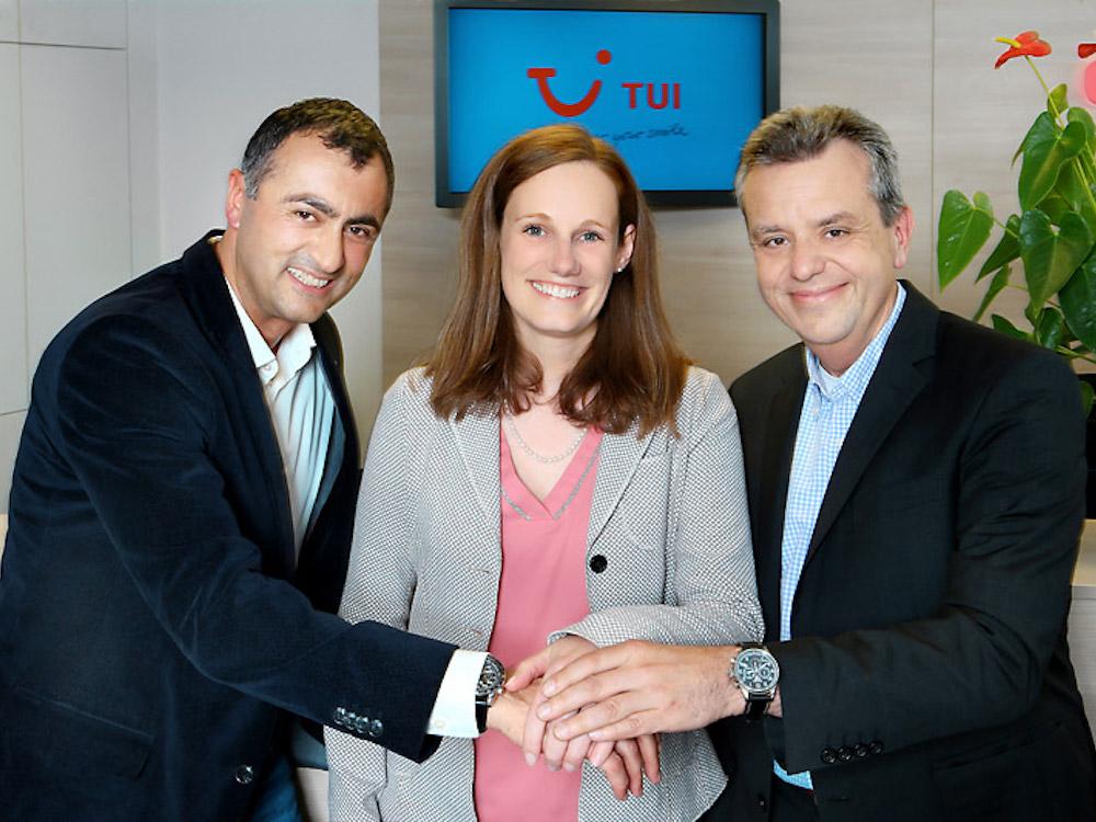 TUI Österreich und Oruvision besiegeln Partnerschaft (Foto: Oruvision / Christian Postl)