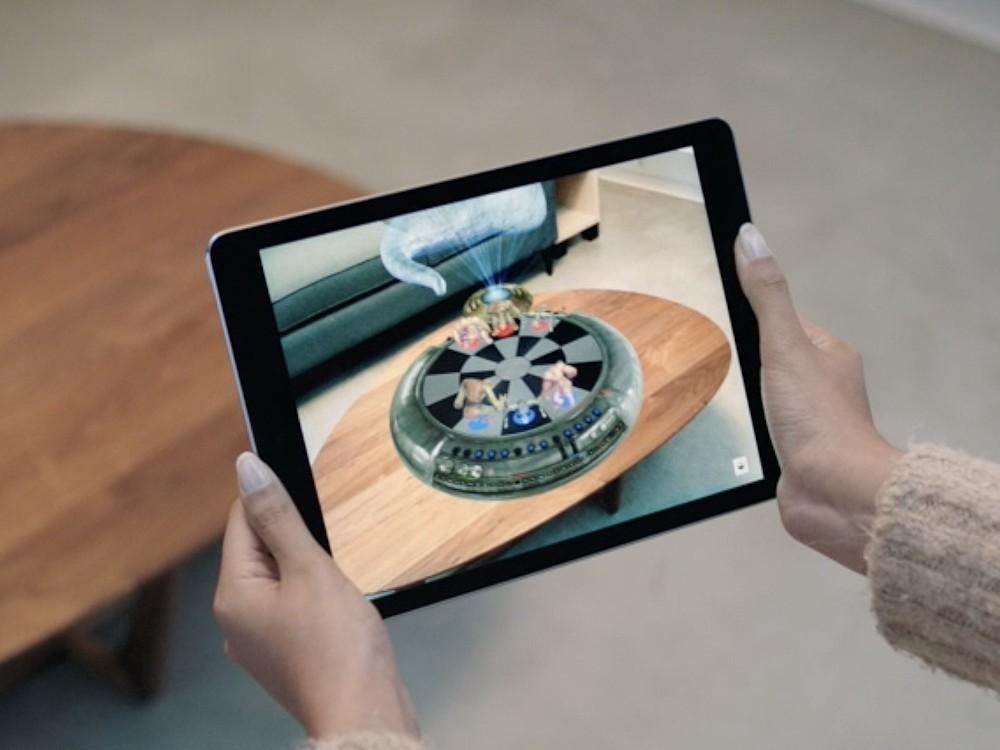Eine Consumer Technologie die auch DS verändern wird – Apple setzt inzwischen stark auf AR (Foto: Apple)