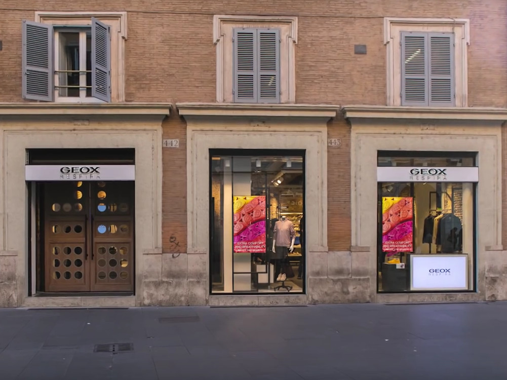 Geox X-Store in Rom (Bild: Screenshot)