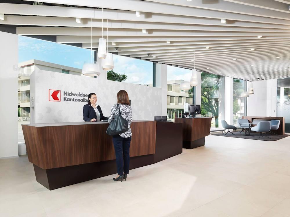 Empfang im Flagship der Nidwaldner Kantonalbank (Foto: NKB)