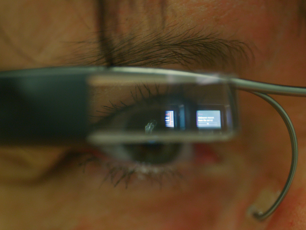 Vision Picking mit der Google Glass Enterprise Edition wird Standard (Foto: DHL)