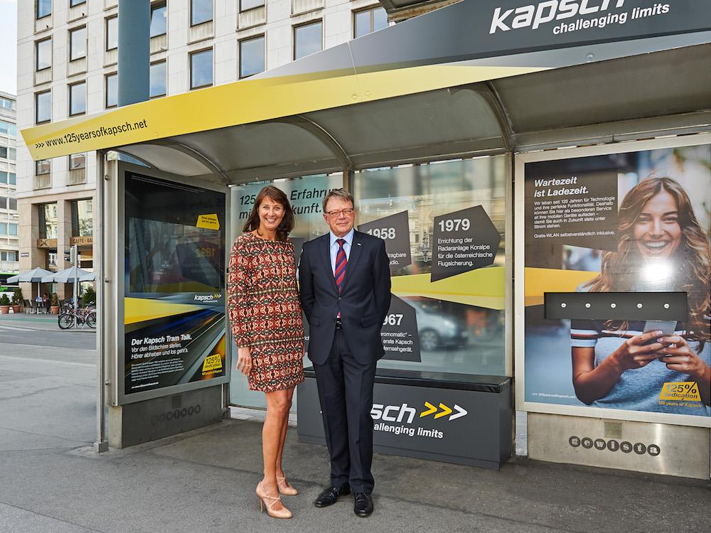 Kapsch inszeniert sein Firmenjubiläum mit einer großen Kampagne (Foto: Gewista)
