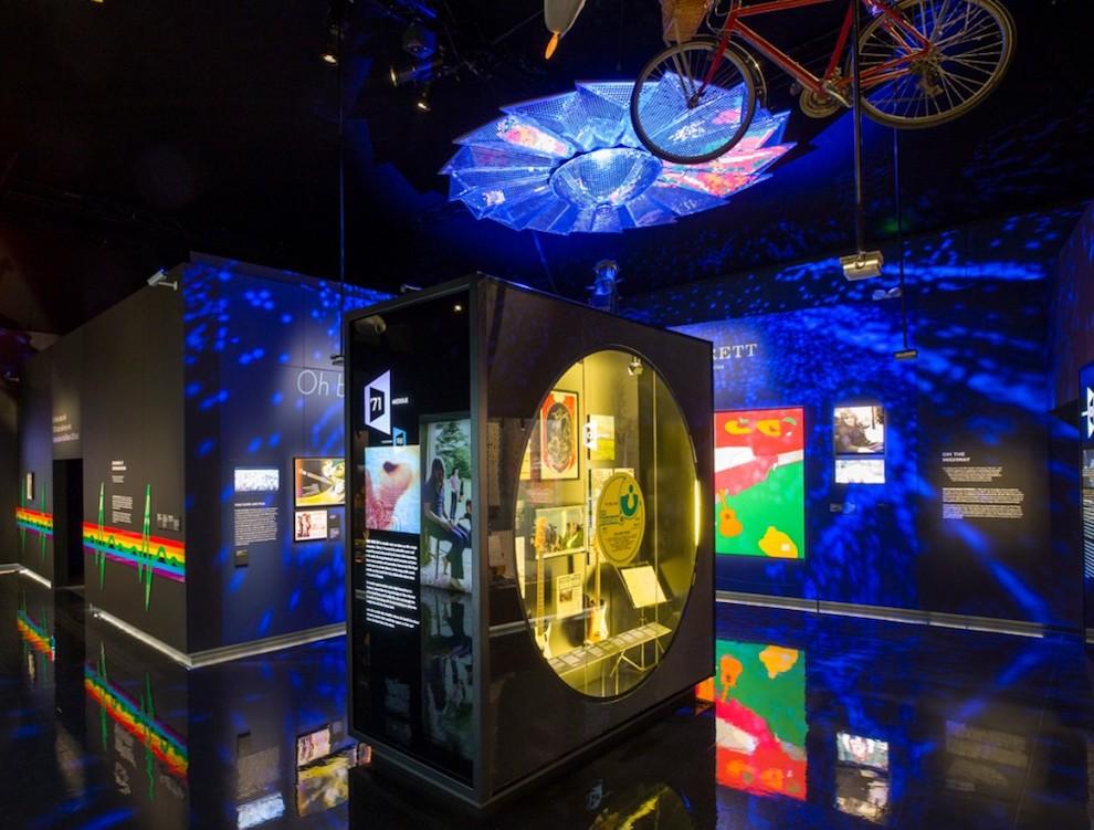Pink Floyd Ausstellung – insgesamt 350 Exponate sollten in Szene gesetzt werden (Foto: LD Communications)