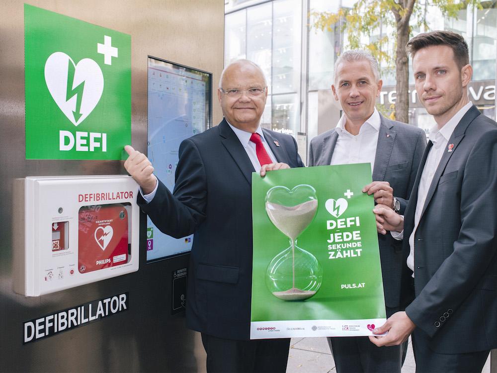 Vorstellung der neuen Kampagne für die Defi Screens in Wien (Foto: Gewista)