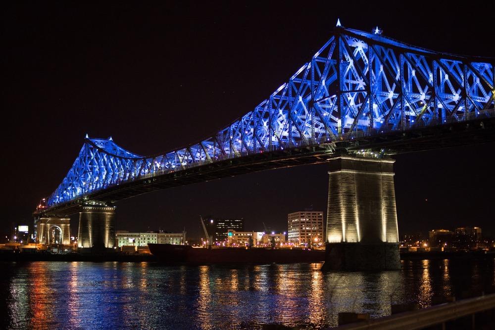 Zum Geburtstag der Stadt Montreal wurde das Projekt fertiggestellt (Foto: Moment Factory)