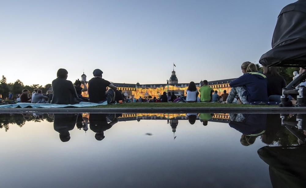 Besucher bei den Schlosslichtspielen 2017 (Foto: Schlosslichtspiele)