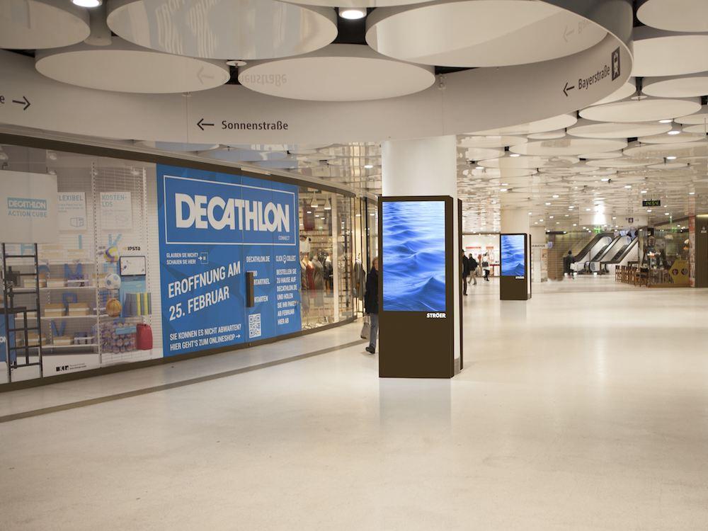 Die Stachus Passagen in München werden nun mit DooH Screens ausgestattet (Foto: Ströer)