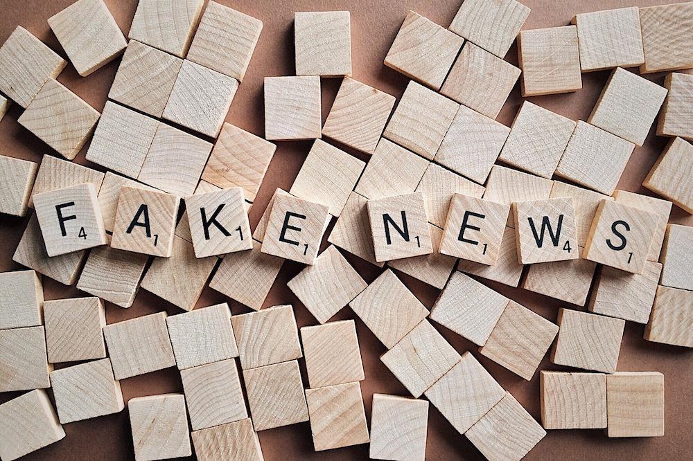 Fake News( Foto: Pixabay / Wokandapix)