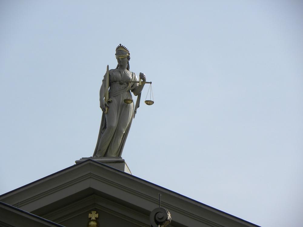 Justitia – Symbolbild (Foto: Pixabay / FrankMagdelyns1)
