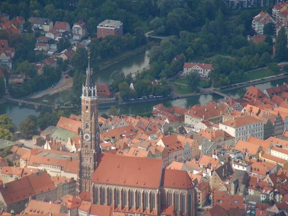 Kirche in Niederbayern (Foto: invidis)