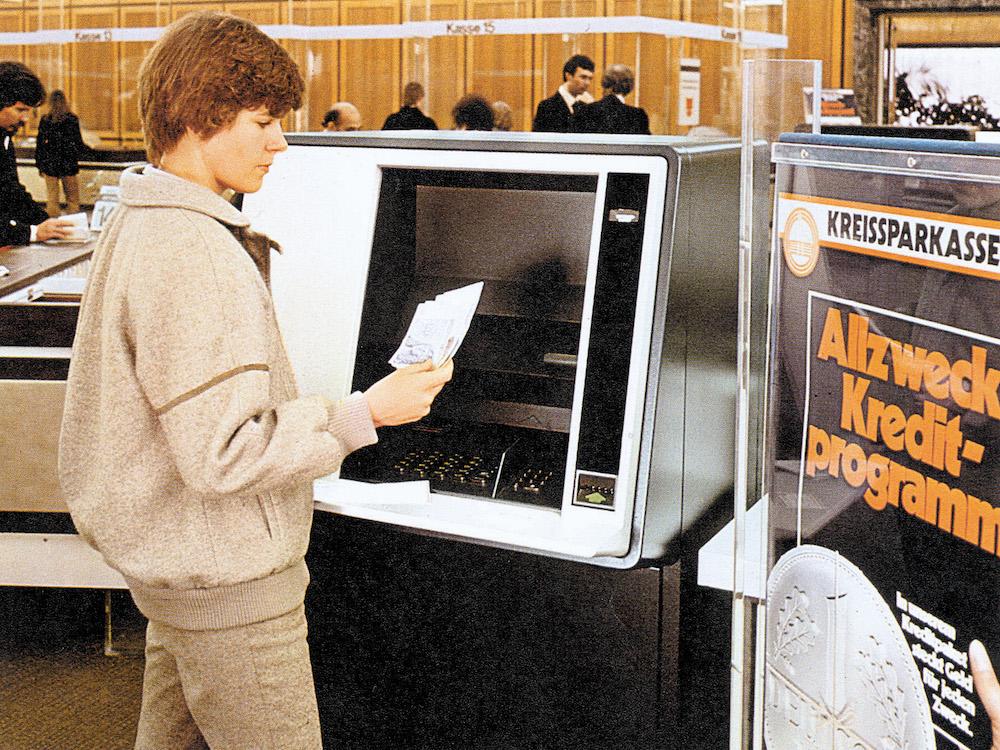 Nixdorfs erster ATM in der Kreissparkasse Köln (Foto: Diebold Nixdorf)